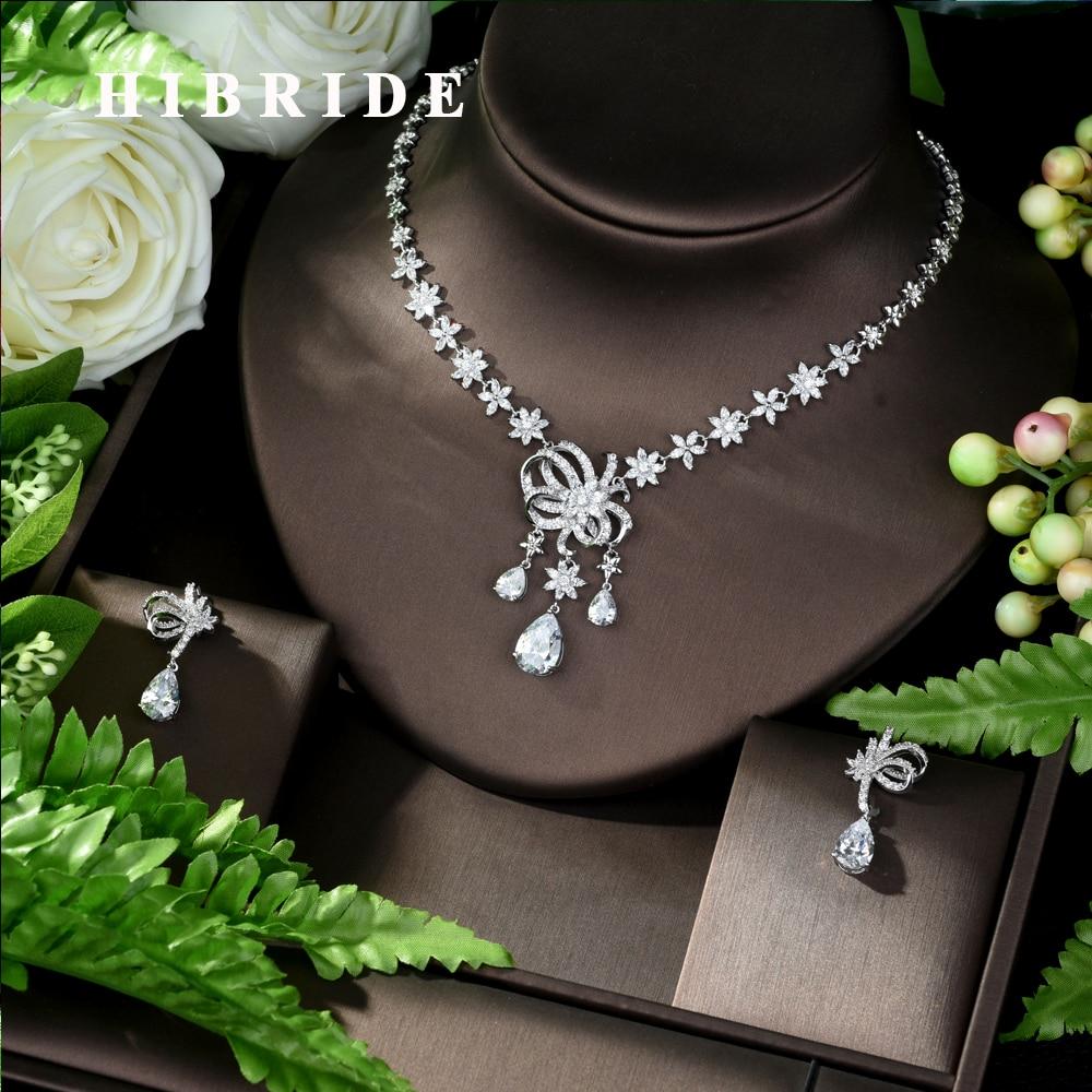 HIBRIDE nouveau bijoux de luxe accessoires de mariage de mariée Micro pavé CZ cristal fleur et feuilles pendentif collier pour les femmes N-950