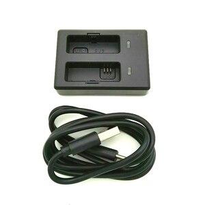 Image 2 - Сумка для хранения аксессуаров SJCAM SJ9, Оригинальная Аккумуляторная батарея, двойное зарядное устройство для экшн камеры SJ9 Strike/ SJ10 Pro
