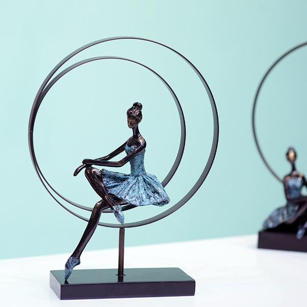 Abstraite Ballet Fille Sculpture À La Main Forgé De Fer et Résine Ballerine Statuette Décoration Souvenir Cadeau Ornement Artisanat