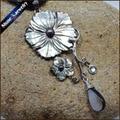 Collares de La Vendimia tallados A Mano Flor Negro Perla de Concha de Mar Natural Carving Art Gems Colgante, Collar de Perlas de Agua para Las Mujeres BS088 CONVERSIÓN