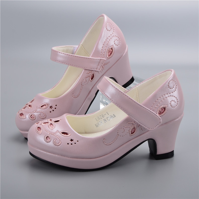 Spring Autumn Girls Princess Shoes Leather Flowers Children High Heel Shoes For Girls Shoe Party Wedding Dress Kids Shoes in Leather Shoes from Mother Kids