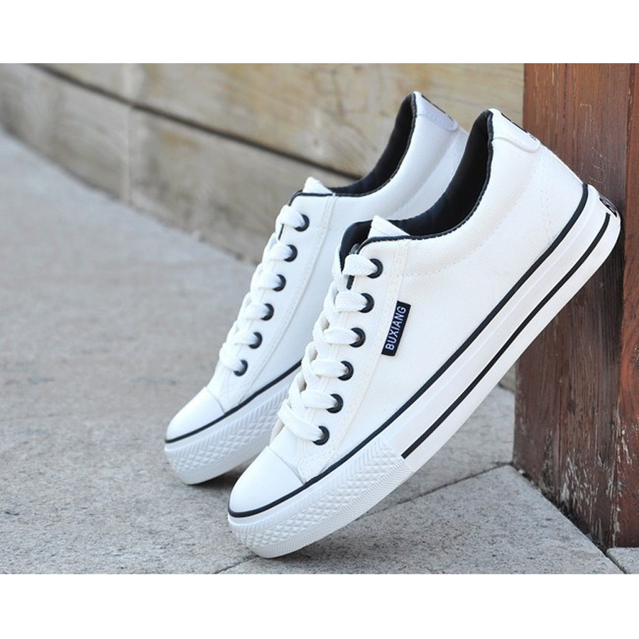 2017 High Quality Men Canvas Shoes Male White Casual Shoes Breathable Lace-up Flat Shoes Zapatos Hombre Brand Superstar Shoes hot sale 2016 top quality brand shoes for men fashion casual shoes teenagers flat walking shoes high top canvas shoes zatapos