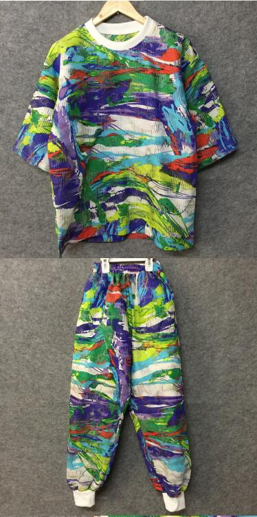 Hong Kong style hand painted graffiti cool loose seven point sleeve T shirt, original designer men's wear suit - 3