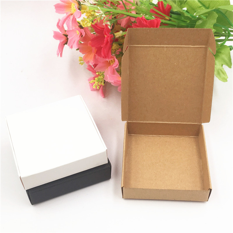 50Pcs/Lot Paper Box Craft Cardboard Small Size DIY Cake Candy Gift Package Box Cases Cute Accessories Storage Carton