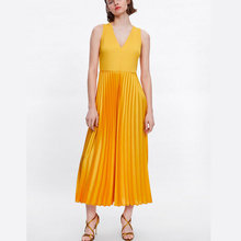 все цены на fahion long women dress yellow top knitting v neck sleeveless pleated fit and flare ladies dresses summer ankle length vestidos онлайн