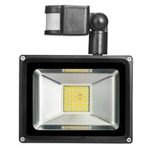 30 W 1800LM LED Proyector de Movimiento PIR Seguridad Sensor Reflector Impermeable Al Aire Libre Proyector de Luz de Lámpara Blanco Caliente 220 V