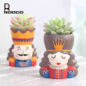 Image 5 - Горшочки для суккулентов ROOGO Щелкунчик в форме цветка, горшочки для суккулентов, Европейский ретро мультяшный персонаж, домашний декор, сад, гостиная, балкон