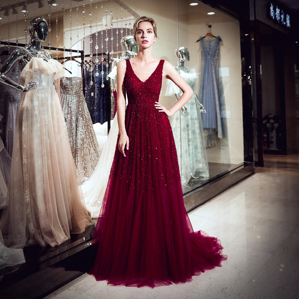 Luxury Long Evening Dress 2019 V Neck Crystal Beaded A Line Saudi Arabia Formal Party Gowns Modest red Prom Dress Robe De Soiree