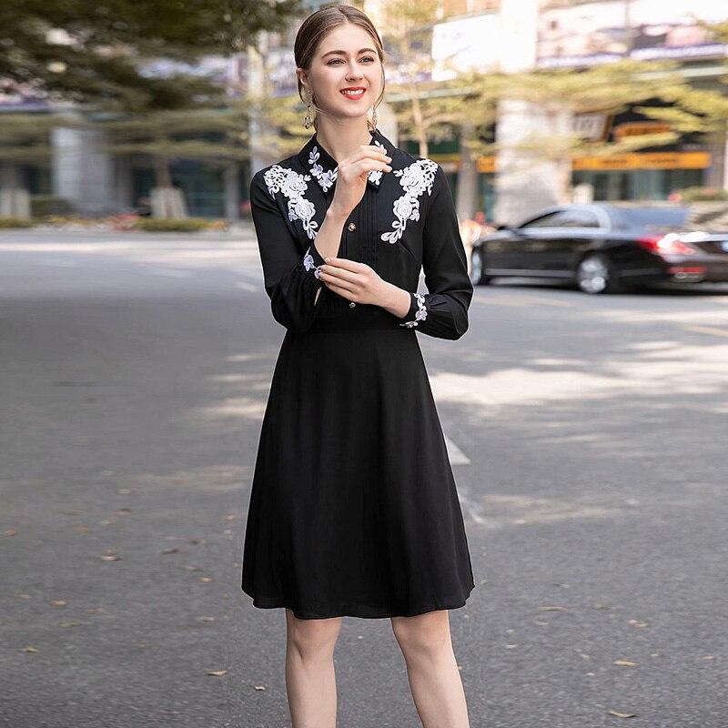 8e51a7c1bf0 2019 Broderie Et Ol Revers Coupe Haute Robe D été Banlieue Femmes Printemps  Piste Milan En Jupe Modèles Noir ...