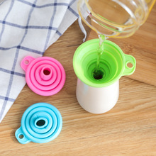 Candy Color Silicone Foldable Telescopic Long Neck Funnel Creative Household Liquid Dispensing MINI Portable Funnel Kitchen Tool недорого