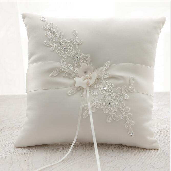 Luxury Wedding Decoration Lace Rustic Flower Ring Pillow Cushion Silk Ribbon Bridal Holder Bride Products In Party Favors From Home