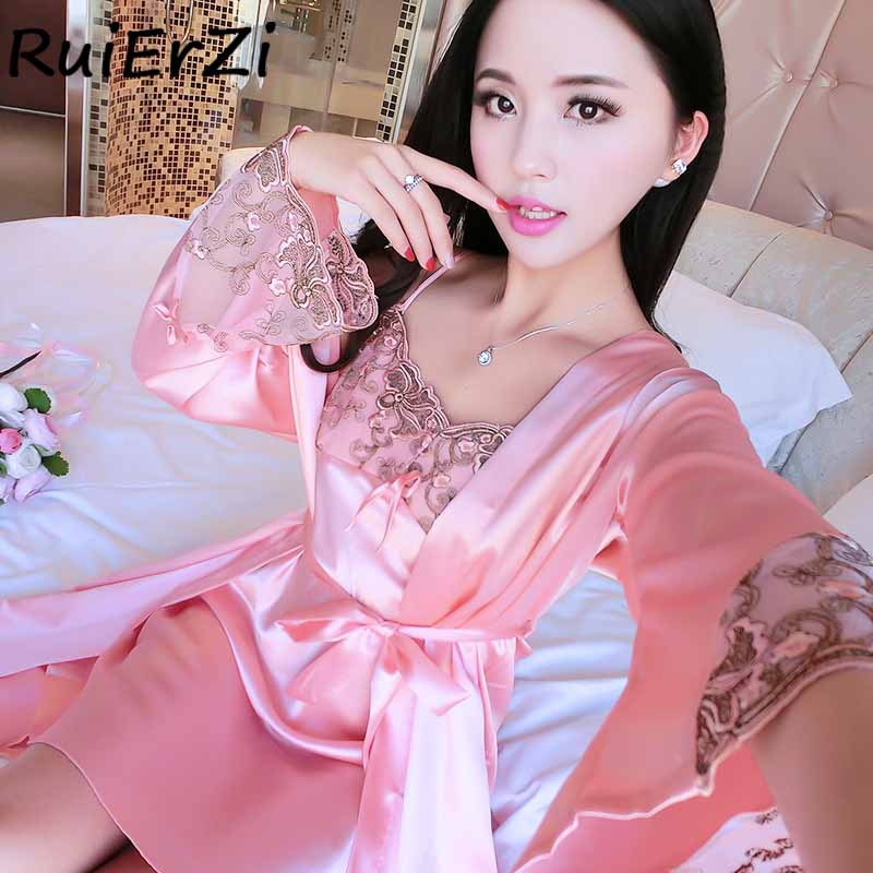 2018 New Arrival Brand Lace Print Patchwork Silk Robe & Gowns Set Free Sexy Two Piece Suspender Sleepwear + Bathing Robe Hot