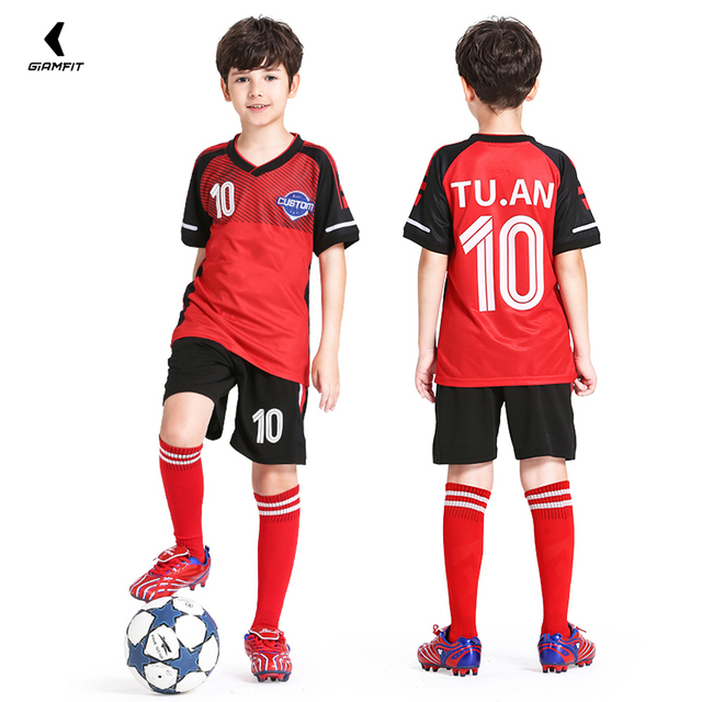 2898e1f53e6 Children Soccer Jersey Set Maillot De Foot Enfant Jersey Football Kids  Breathable Sports Kits Custom Name
