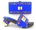 Zapatos italianos Con Los Bolsos Que Emparejan Zapatos de Tacón Alto Azul Real Zapatos A Juego Italiano Y Bolsas Mujeres de la Sandalia Tamaño 38-43 TH16-47