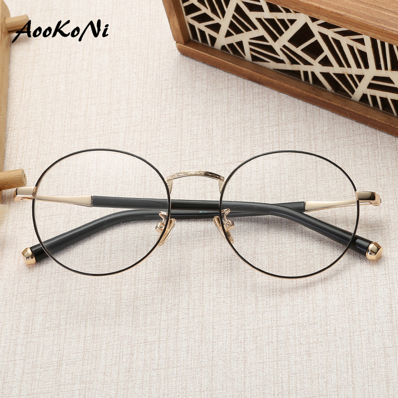 2019 Nouveau Designer Femme Lunettes Optique Cadres Lunettes Rondes En Métal Cadre objectif Clair Eyeware Noir Argent Or Eye Verre de lunettes