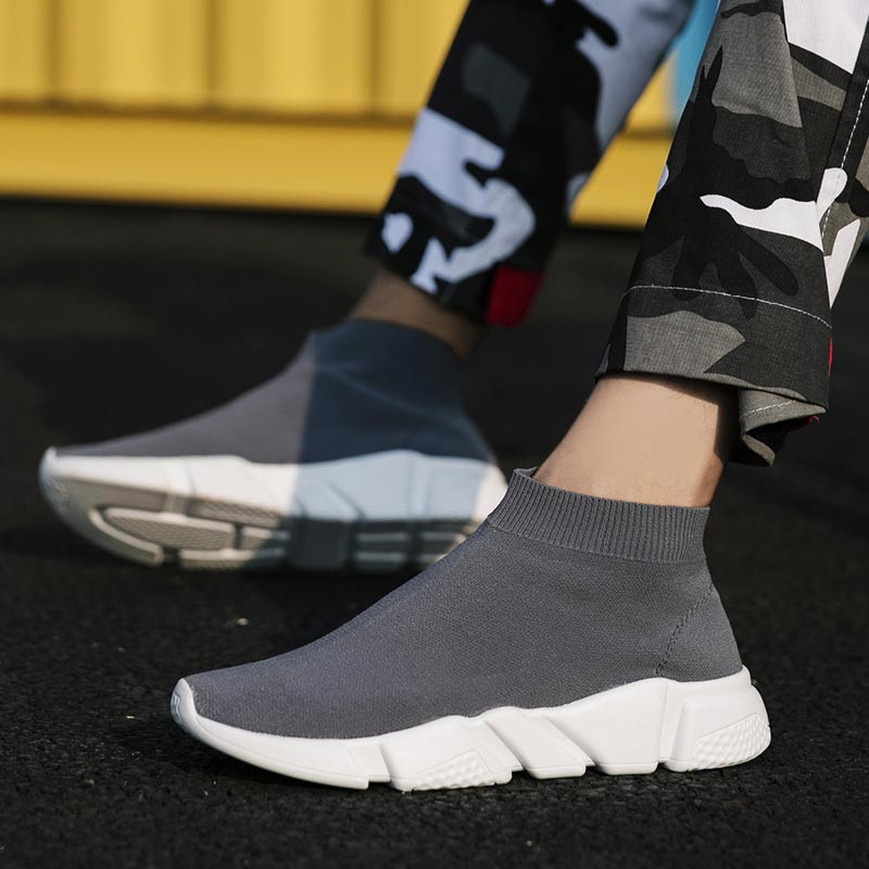 Plus Size High Top Sneakers Socks Men Running Shoes Sports Women Sport Shoes Men Gray Zapatos De Hombre Deportivo Fitness B-246