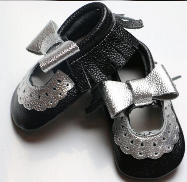 New style 100% Genuine Leather baby soft shoes handmade mary jane lace flower baby moccasins with sliver bow girls nonslip shoes