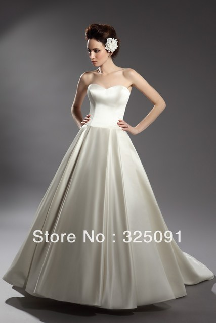 6c7cc2a0c3e Hot Sale Custom Made Sweetheart Sexy Wedding Dresses Ruffles Pleat A-line  Court Train Floor-length Princess Prom Bridal Gowns