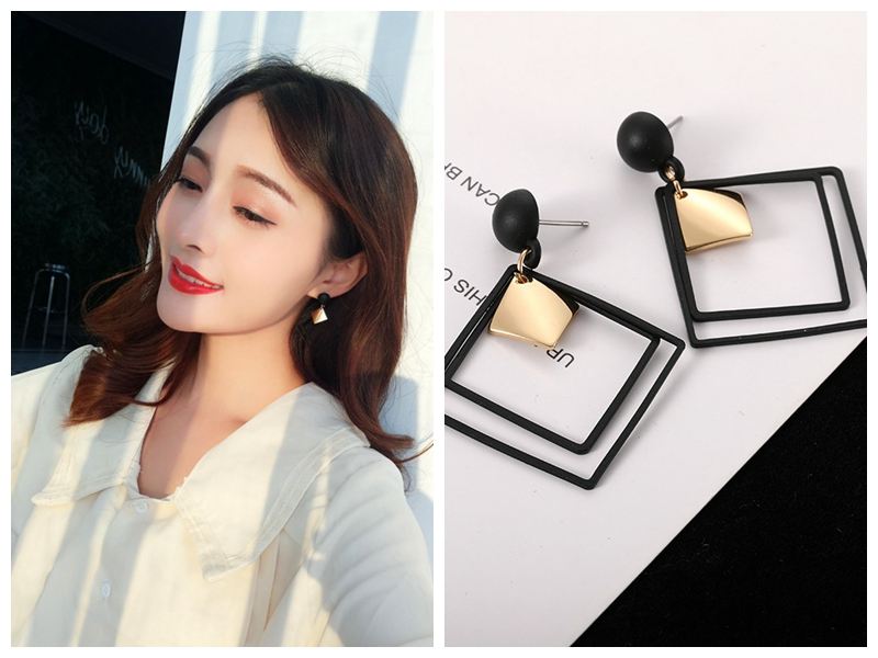 New Crystal Earrings Korean Temperament Long Pendant Personality with Simple Large Wholesale Resin