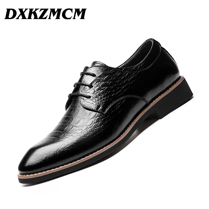 цена DXKZMCM Lace Up Men Genuine Leather Men Wedding Brogue Formal Dress Shoes Party Office Brown Oxford