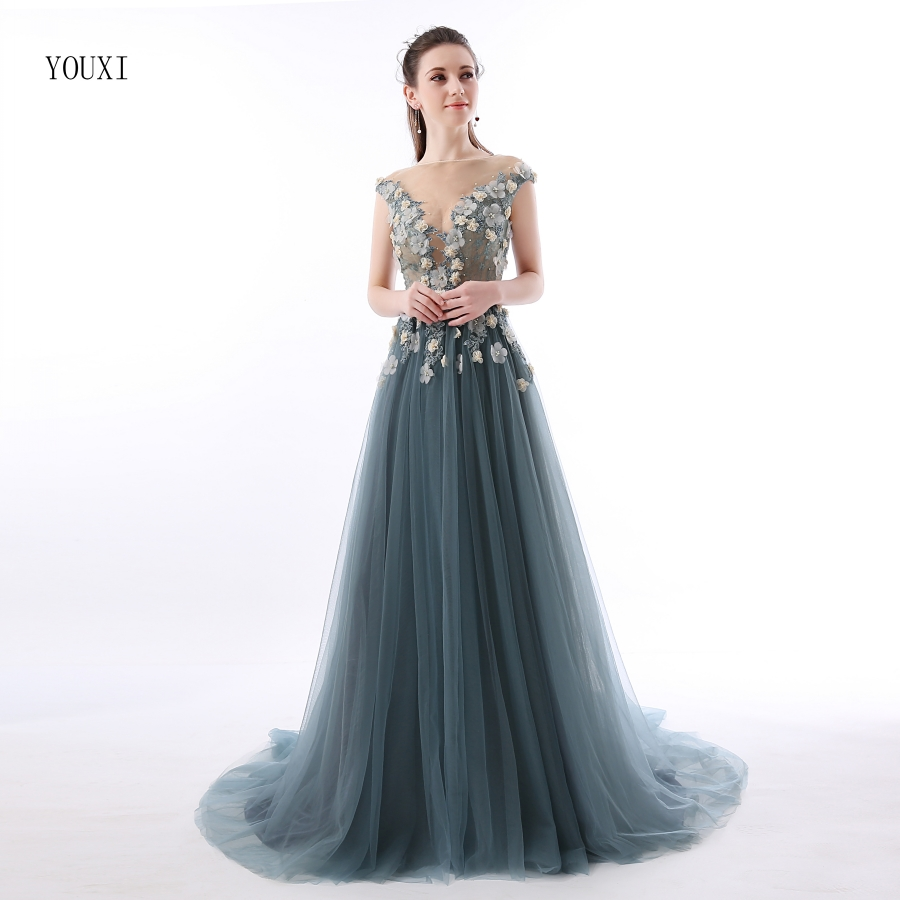 Abendkleider Lang Sexy Lace Prom Dresses 2019 Sheer Plunging Neckline Appliqued Party Gowns Tulle Beads Evening