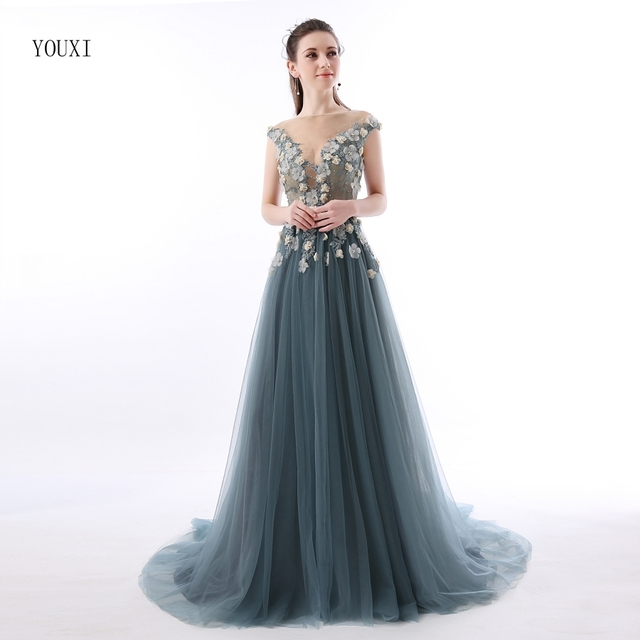 Abendkleider Lang Sexy Lace Prom Dresses 2019 Sheer Plunging Neckline Appliqued Party Gowns Tulle Beads Evening Formal Gowns