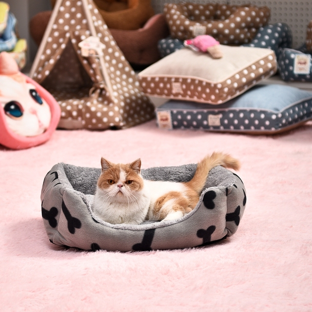 Hot Sale Autumn&Winter Cat Bed Kennel Soft Dog Bone Mats Puppy Dog Bed Pet House Cozy Nest Kitten Pad Thick Warm Pet Cushion