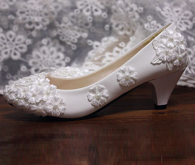 Middle Heel Lace Flower Wedding Shoes White Fashion Womenu0027s Spring Summer  Lace Brdial Brides Shoes Lady Sweet Party Lace Pumps In Womenu0027s Pumps From  Shoes ...