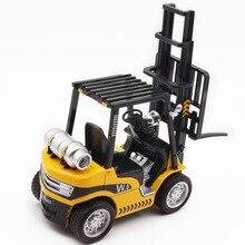 Купить с кэшбэком Alloy Folklift / Crane 2 Types Of Truck Sound Engine 1/24 Engineering Vehicles Die-Cast Plastic&Metal  Light Flashig