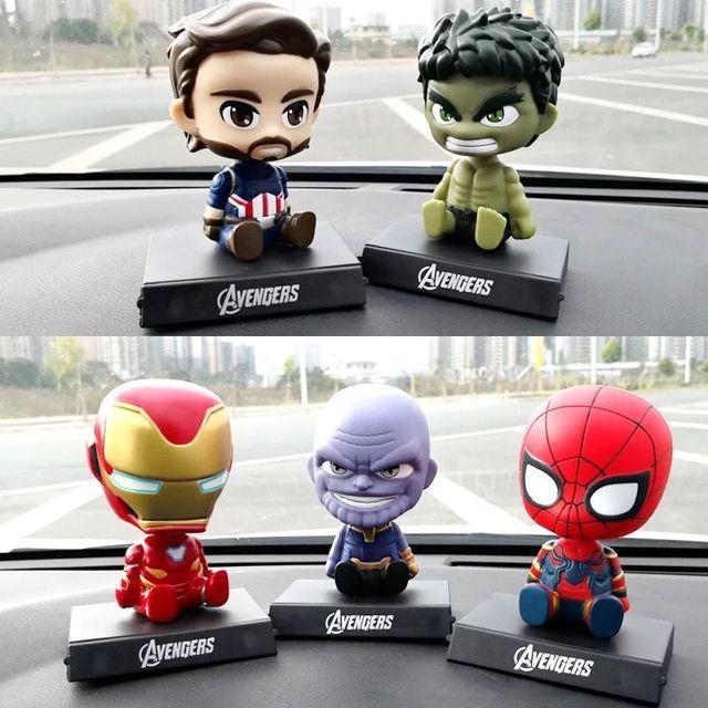 Estatueta vingadores homem De Ferro homem Aranha Gigante Verde Balançando A Cabeça Ornamentos Carro Automóveis Acessórios Interior Do Carro Dashboard