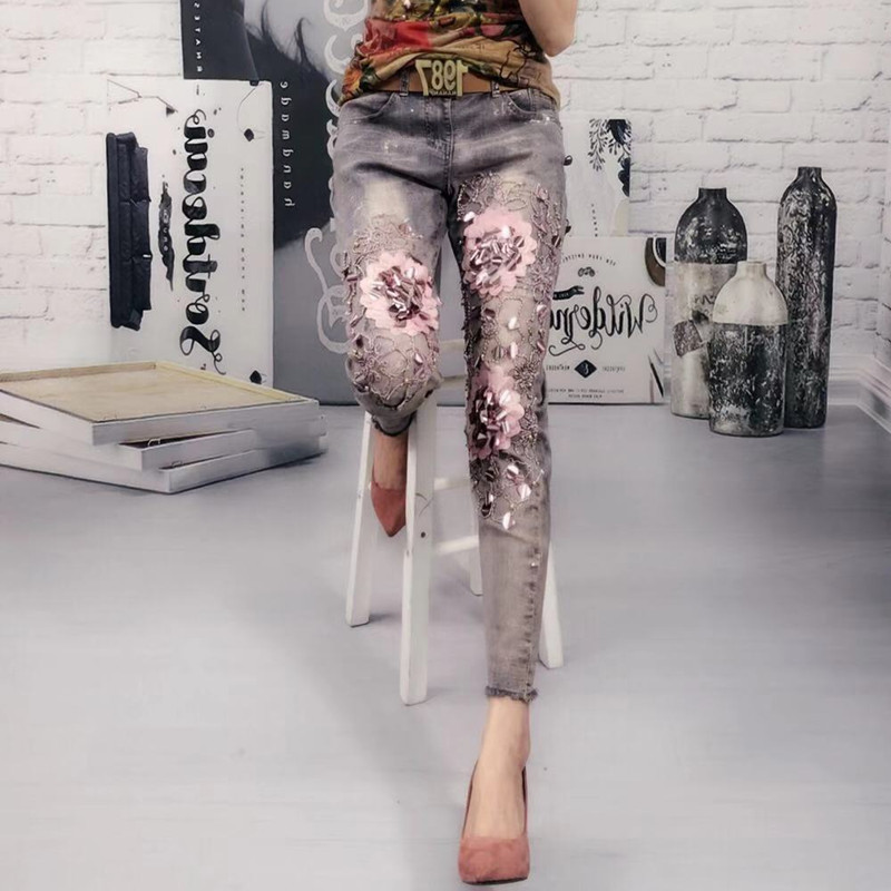 2019 Spring New European Hot Flower Beads Stretch Skinny 9 Jeans Women Gloral Jeans Retro Denim Pants Pencil Trousers Femme
