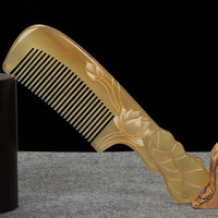 Massage Anti static Hairdressing Craft Gift Comb Boutique Carving Horn Comb