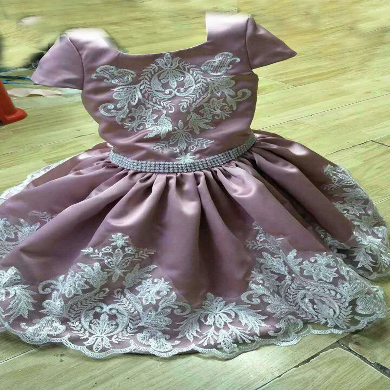 цена на Flower Girls Dresses for Wedding A-Line Communion Dresses Satin Mother Daughter Dresses for Girls Lace Mother Daughter Dresses
