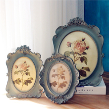 European retro American village style blue oval luxury 6 inch 10 inch photo frame decoration european style black and white checkered resin embossed love bird 6 inch 7 inch 8 inch 10 inch frame handicraft home decoration