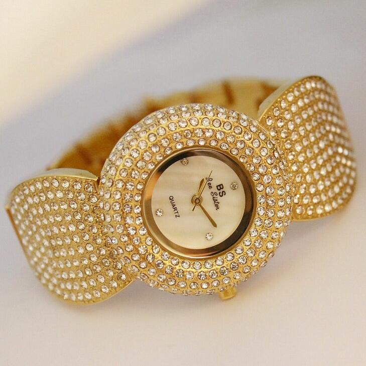 Prix pour Nouvelle Argent Or Diamant Bling Cristal Montres Complet Strass Bracelet Quartz Femmes Robe Montre Femme Montre-bracelet De Sucrerie Forme