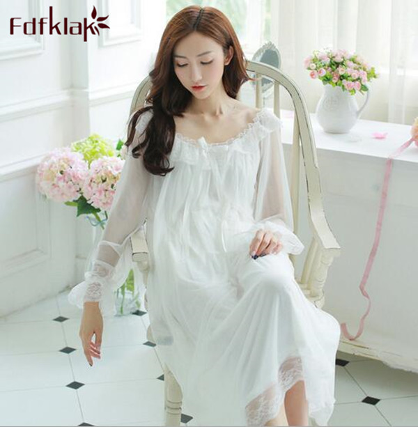 Princess Nightgown Women Summer Long-sleeved Sleepwear Retro Translucent  Lace Dress Sexy Ice Silk Nightwear Loose Night Shirt aa84c7e0a