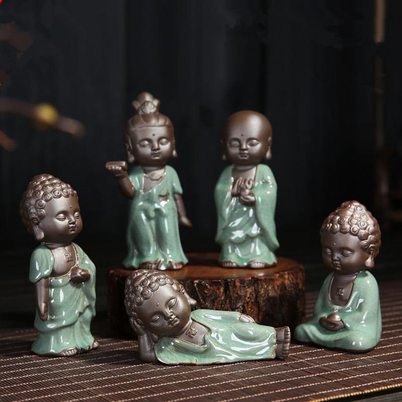 Kleine Mönch Guanyin Wohnkultur Ornament Statuen Lila ton tee pet ornament Skulptur Keramik Buddha Statue