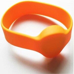 Image 5 - 50 ชิ้น/ล็อต UHF RFID สายรัดข้อมือซิลิโคนกันน้ำสีส้ม RFID สร้อยข้อมือ: Alien H3 ชิปสำหรับสระว่ายน้ำ Access Control