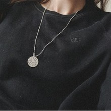 Hip Hop Harajuku Retro Sun Smiley Round Necklace English Letters Tag Clavicle Chain Female