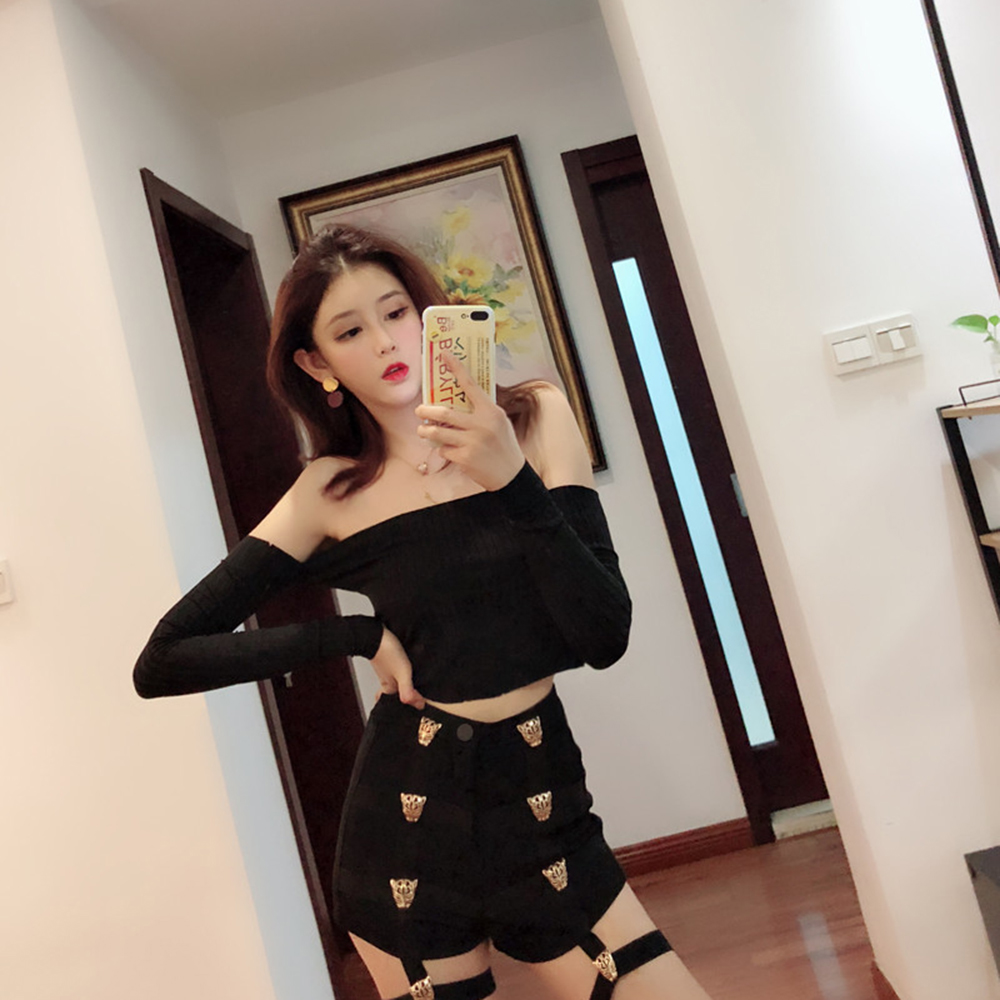 Punk Shorts Women High Waist Shorts Metal Leopard Button Decoration Elastic Band Hollow Out Hip Pop 2019 Summer Fashion Shorts