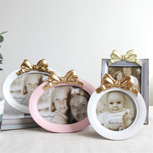 Creative Desktop Photo Frame For Bedroom Table 4-6 inch Butterfly-tied Photo Frame Home Decoration Picture Frame Round success style polyresin photo frame 4 x 6 picture