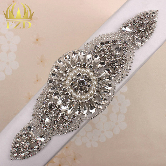 30 Pieces Clear Rhinestones Applique For Wedding Dresses Beaded Trim  Crystal Sew On Garment Embellishments Patches For Sash Belt 10e94c8c692e