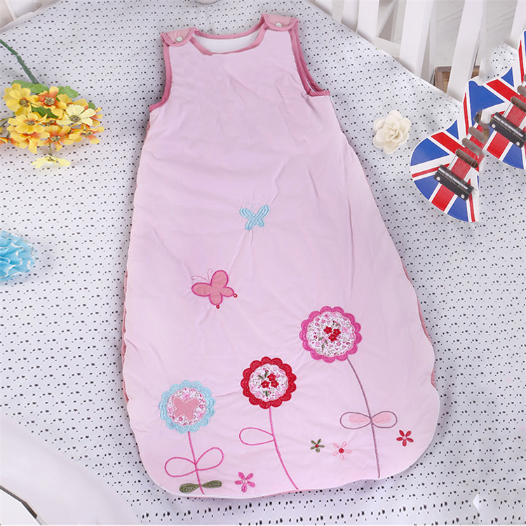 ФОТО Baby Pink Sleeping Bag Embroidery Vest-style Autumn and Winter Cotton Thick Anti-kick Sleeping Bag LD1124051