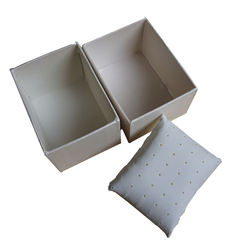 custom pillow boxes wholesale
