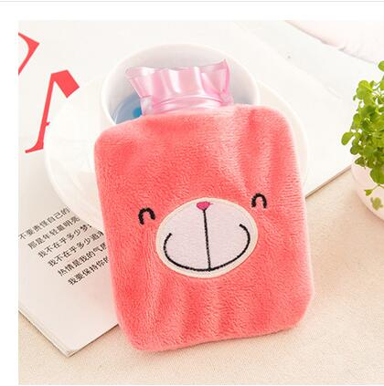 Hot water bottle small water velvet warm blanket mini plush warm water bottle pvc proof explosion by hand warm Po 2016 latest explosion proof electric hot water bottle charging warm bao bao shuang electric double plush6002