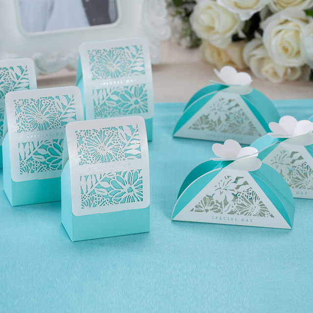 2017 Blue Color Flower Laser Cut Wedding Favor Box Candy Party Show Gift