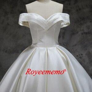 Image 2 - Robe de mariée en satin, nouvelle conception, robe de mariée, épaules dénudées et manches courtes sur mesure, prix usine gros, nouveau design