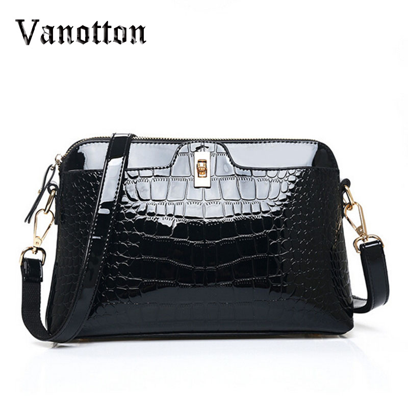 New Crocodile Embossed Women Messenger Bag Patent Leather Women Handbag Crossbody Shell Bag Switch Lock Zipper High Quality woman in the summer of 2016 youth popular color patent leather crocodile pillow boston crossbody bag business mini pochette