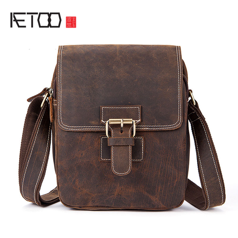 AETOO Crazy horse skin male package leisure retro Guangzhou leather men bag vertical shoulder bag oblique package mens small ba