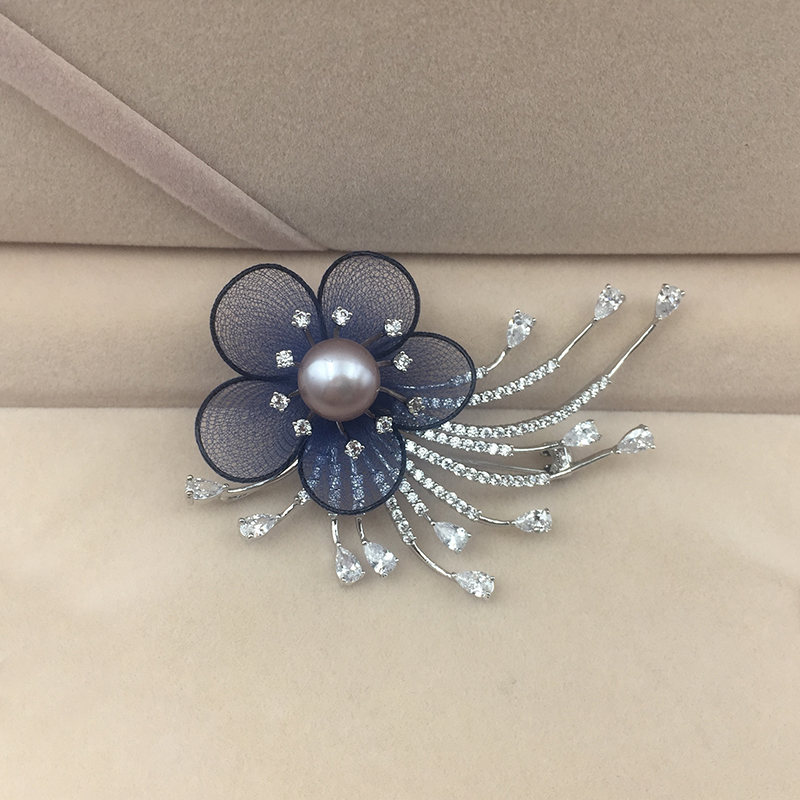 Pearl Brooch in CZ Daimonds 4 Colors of Pearls